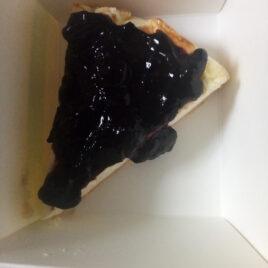 Cheesecake con marmellata di mirtilli bio